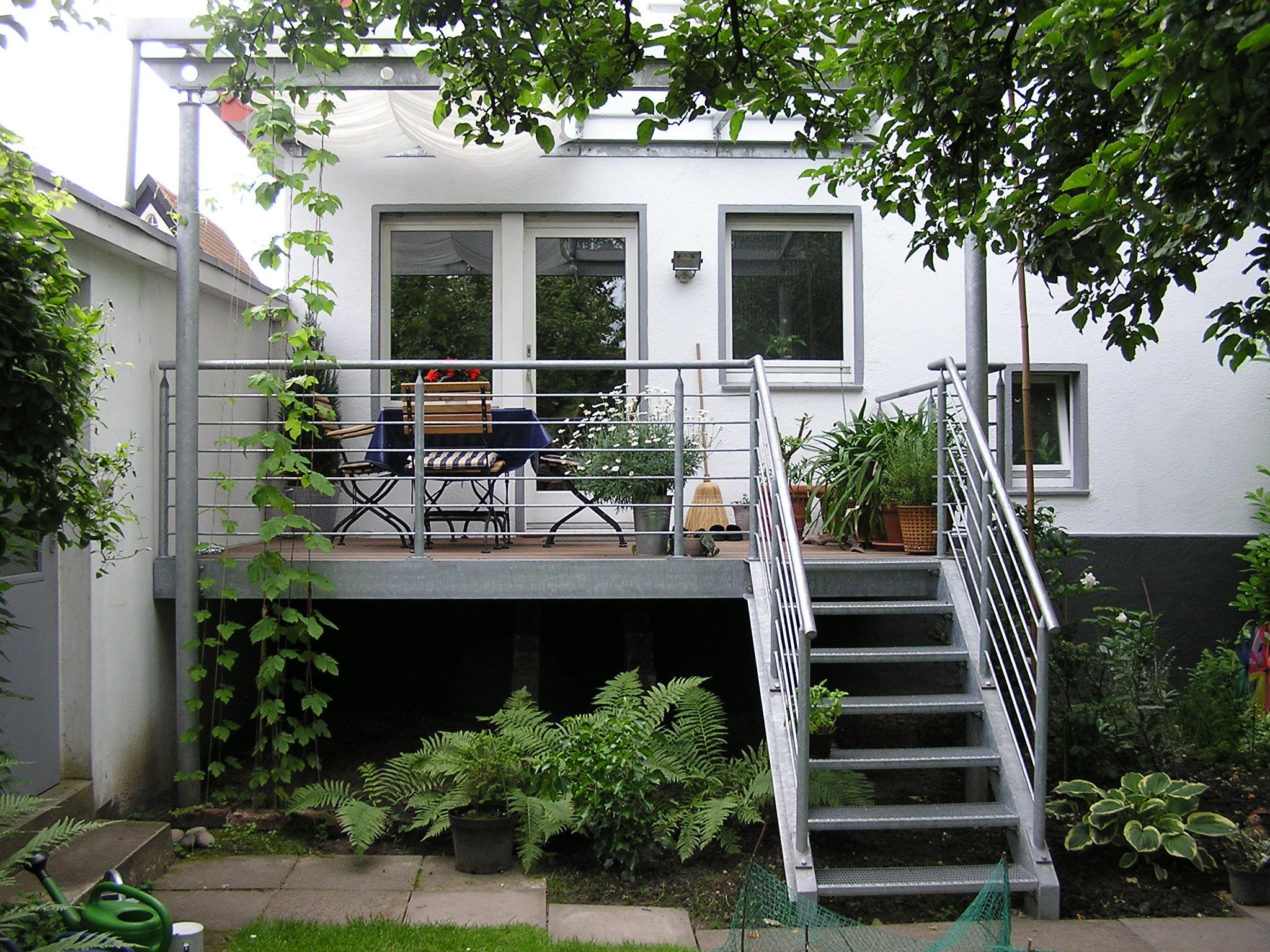 balkone treppen s hnchen gmbh. Black Bedroom Furniture Sets. Home Design Ideas